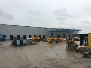 New warehouse build with eight loading docks and four drive in doors